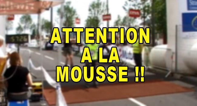 attention-a-la-mousse-d17