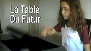 La table du futur, avec pc intégré